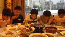 5名新同事聚餐餐馆打烊没人结账 老板无奈报警