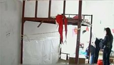 8岁男孩被红领巾勒脖上吊 公安初步认定系意外