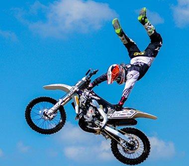 摩托 摩托车 自行车 380_335