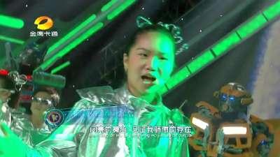 汪东城机械舞班级秀玩穿越《我的舞台》