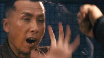 """《一个人的武林》公映版预告  """"甄宝""""组合兄弟情深亦师亦友"""