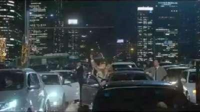 《摩天楼》 先行预告片