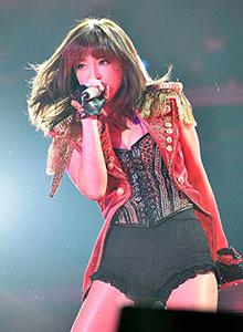 滨崎步2014-2015跨年演唱会