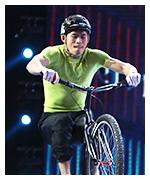 高难度单车特辑表演
