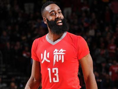 NBA-第18周十佳球 哈登晃倒卢比奥埃利斯逆天
