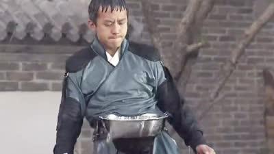 邓超寻接水窍门挽形象 压队长声誉整蛊陈赫