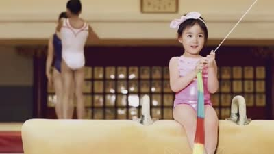 李小鹏奥莉玩转体操房
