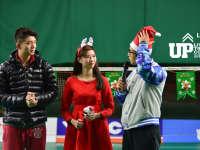 《羽毛球UP训练课》圣诞特辑:龚伟杰变身圣诞老人互动网友