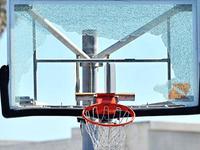 NBA全明星扣篮大赛不行?来看扣碎篮板的恐怖力量!