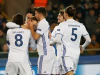 欧冠-定位球砸晕对手 哥本哈根2-0布鲁日仍无缘16强