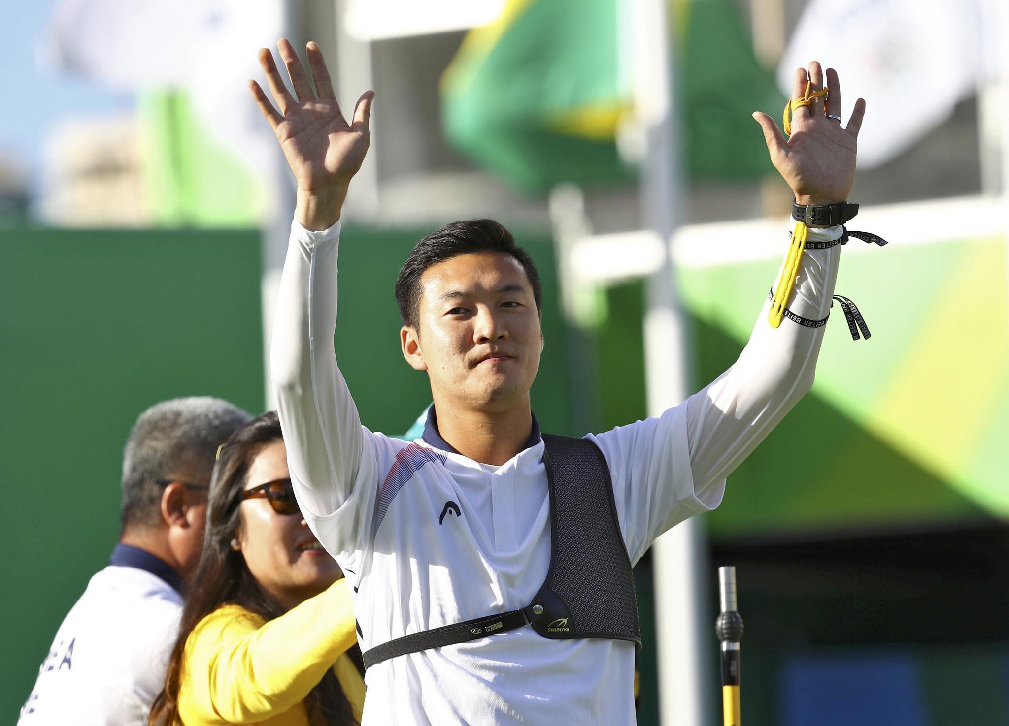 选手在线男子个人决赛苏丹奥运具本昌夺冠射箭手韩国摔跤图片
