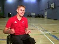 吉列世界体育第14集 荷兰专业运动员谈曲棍球大战
