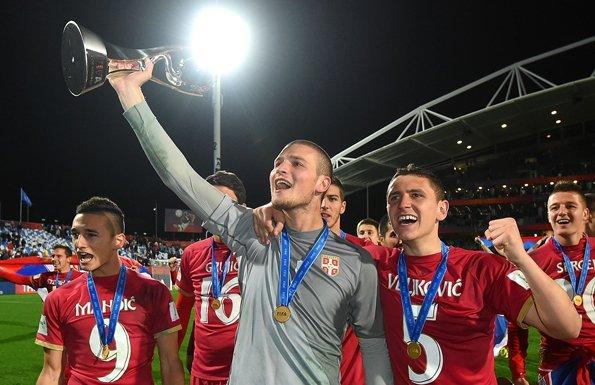 世青赛金手套!塞尔维亚U20门神拉伊科维奇精彩表现