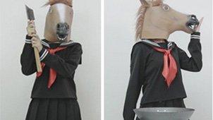爆笑!马头少女变身暴力厨娘