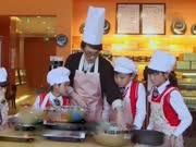 《音乐大师课》20150605:林志炫亲手做蛋糕送别学员 曹格暖心礼物学员感动落泪