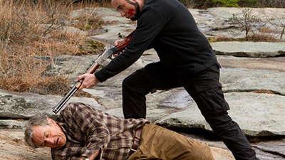 《致命对决》终极预告 德尼罗血腥决斗引期待