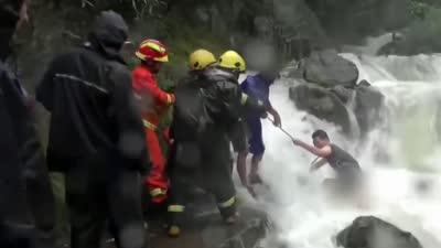 强台风灿鸿来势汹汹 水位上涨多个村庄被淹