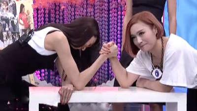 完美手臂心机养成 星级辣妈抱娃展现惊人臂力