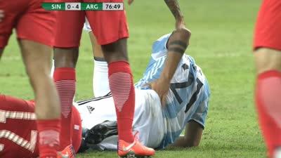 迪巴拉重摔腰着地疑似受伤 成本场比赛受伤第四人