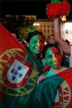 上帝写葡萄牙首冠神剧本