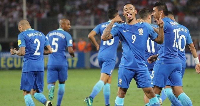 世预赛-巴西2-0秘鲁-热苏斯传射奥古斯托破门
