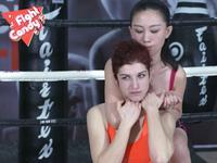 《Fight Candy》第26期:中国娇嫩设计师裸脚美女外教