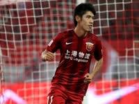 中超-上港4-0宏运 文武双全上海双子星闪耀赛场