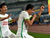 中超-卡希尔头球助球队客场取分 苏宁1-1绿城
