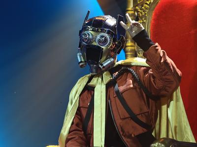 银河星爵靠面具赢三期?