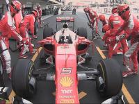 F1墨西哥站正赛Lap33:维特尔执行1停换上中性胎