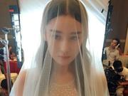 张馨予婚纱照先睹为快 网友:不舍女神出嫁