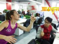 【第27期】《星战穿梭》女花式足球冠军降临 克瓜对攻不设防