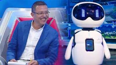"""机器人""""小度""""挑战短板"""