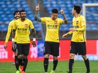 中超-张琳芃轰世界波致胜 恒大1-0客胜亚泰