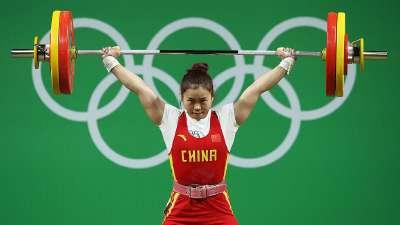 邓薇女举63公斤级夺冠 破两世界纪录获第六金