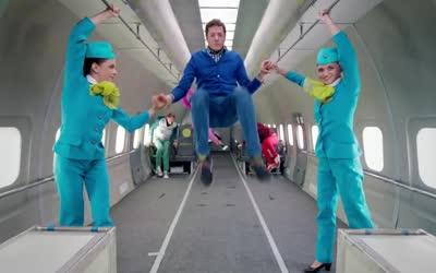 2017年第59届格莱美奖提名:最佳MV OK Go /Upside Down & Inside Out