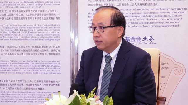 宁夏大学中国阿拉伯研究院院长李绍先接受采访