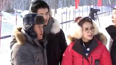 蔡妍带队首次三连胜 于震现场卖萌表演