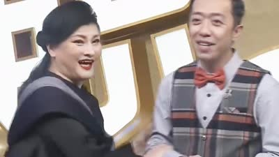李菁改行变魔术?