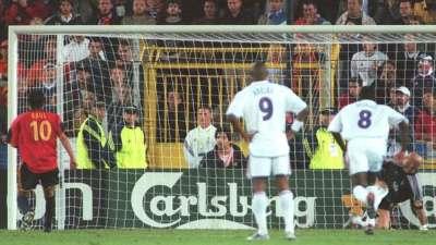 【经典回顾】劳尔欧洲杯最遗憾一球 90分钟踢飞点球不敌法国