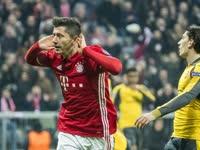 欧冠-蒂亚戈2射1传罗本莱万破门 拜仁5-1阿森纳