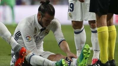 贝尔国家德比再度受伤 抱腿倒地伤势不明提前下场