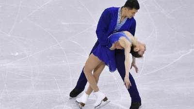 亚冬会双人滑于小雨张昊夺冠 中国组合包揽金银牌