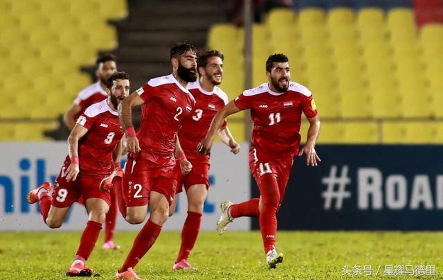 离世界杯仅差一个门柱!战乱小国赢得全亚洲尊敬 国足输他们不冤