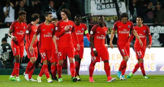 法甲-巴黎2-0昂热豪取联赛6连胜-迪马利亚双响