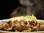 《暖暖的味道》20170223:简简单单速蒸鲈鱼 老北京酱牛肉只需两步