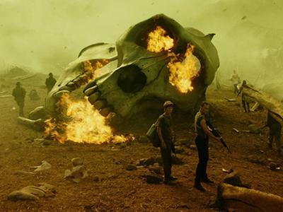 《金刚:骷髅岛》尸骸遍野正片片段