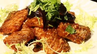 豆酱茄子焖酥带鱼