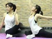 陈妍希秀瑜伽动作自称大长腿评论区热闹非凡