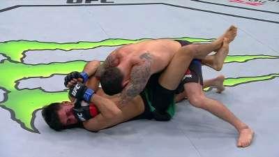 UFC211比赛集锦 羽量级埃德加vs罗德里格斯